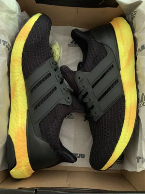 NEW ADIDAS ULTRABOOST SIZE 10 for Sale in Kent, WA