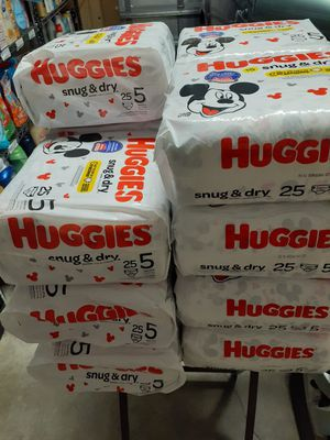 Huggies size 5 for Sale in Cape Coral, FL