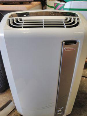 14,000 btu DeLonghi air conditioner fan dehumidifier all in one for Sale in Modesto, CA