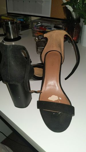 Black charlotte russe heels size 8 for Sale in Los Angeles, CA