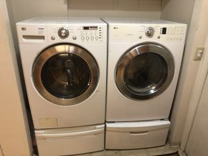 LG WASHER AND DRYER for Sale in Dexter, OR
