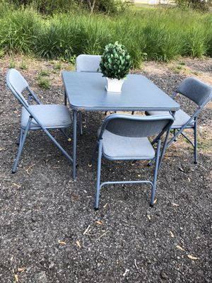 Metal chairs and table for Sale in Leesburg, VA