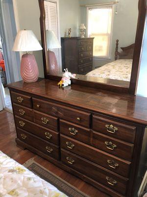 Bedroom set. for Sale in Cleveland, OH