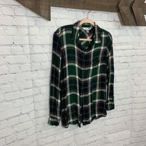 Old Navy Plaid - Large - like new !! for Sale in Cleburne, TX