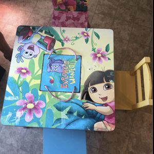 Dora The Explorer small table... For Kids for Sale in Columbia, MD