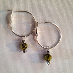 925 SILVER 25MM LEVERBACK HOOP EARRINGS WITH REMOVEABLE MALACHITE 4MM BEAD... for Sale in Manalapan Township, NJ