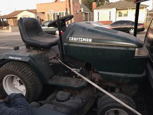 Craftsman riding lawn mower for Sale in Los Angeles, CA