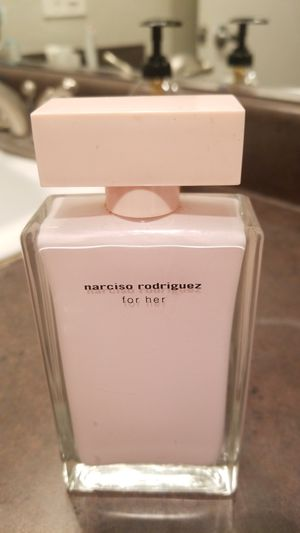 Narciso Rodriguez for her perfume 3.3 oz smells very classy for Sale in Riverside, CA