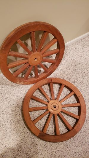 2 Antique Pull Wheels for Sale in Third Lake, IL