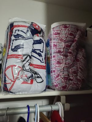 twin comforter one boy one girl for Sale in Surprise, AZ