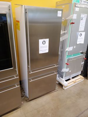 "Monogram 30"" Built in Bottom Freezer Refrigerator for Sale in Whittier, CA"