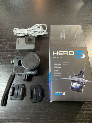 GoPro Hero 5 *With Extras* for Sale in West Sacramento, CA