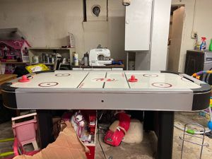 Complete air hockey table set-up for Sale in Portland, OR