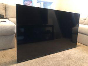 Vizio 60 inch tv for Sale in Menifee, CA