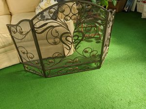 Wrought iron fireplace screen for Sale in UPPR MARLBORO, MD