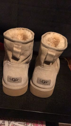 Ugg boots for Sale in Los Angeles, CA