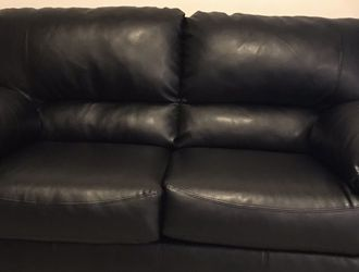 Black leather couch for Sale in Philadelphia, PA