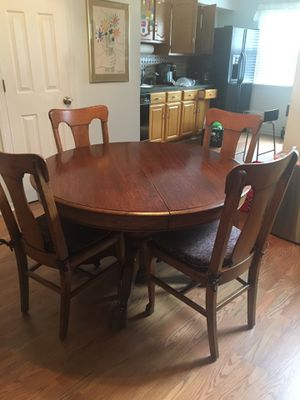 48 Inch Antique Lion Claw kitchen table & hutch for Sale in Bayonne, NJ