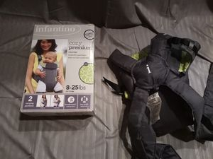 Infantino baby carrier for Sale in Lawrenceville, GA