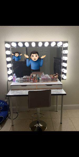 "55"" 20 bulb Vanity Mirror for Sale in Homestead, FL"