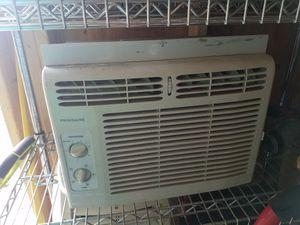 Windows AC 5000 BTU for Sale in Lawrence, MA