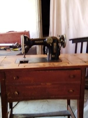 Phoenix 82 sewing machine for Sale in Spring Valley, CA
