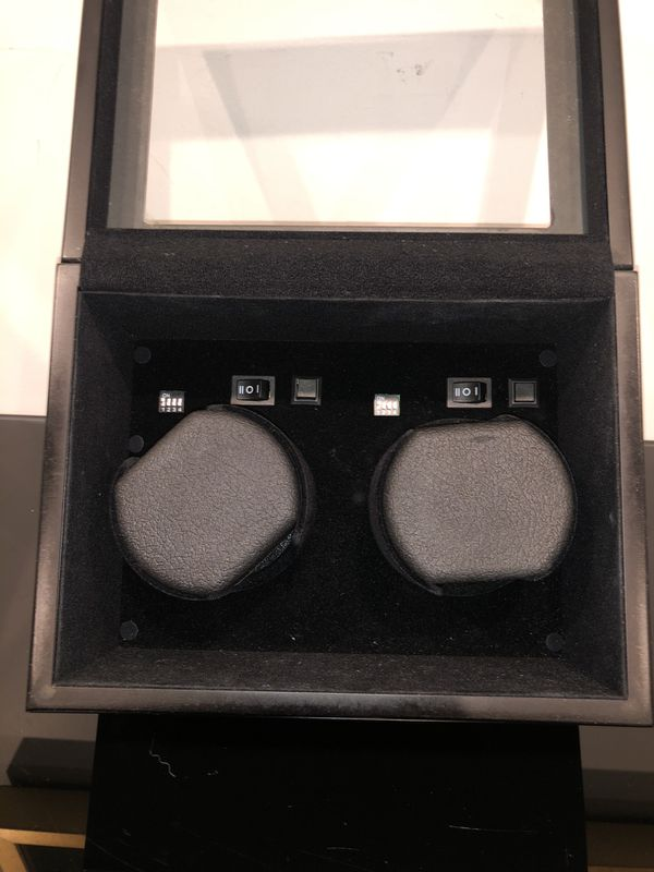 Brookstone Automatic watch winder, double. Perfect condition