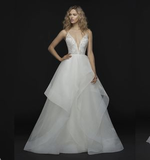 Wedding Dress Gown Hayley Paige for Sale in Raleigh, NC