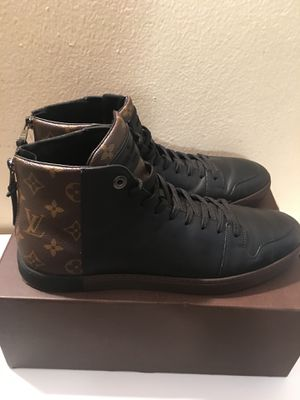 Louie's Vuitton sneakers for Sale in New York, NY