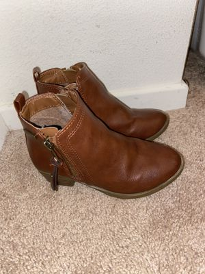 Girls Size 12 Nautica Boots for Sale in Huntington Beach, CA