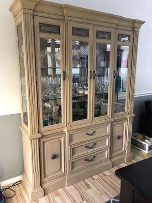 China hutch/ storage cabinet for Sale in Lake Stevens, WA