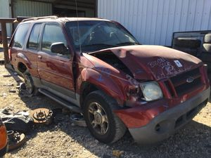 2003 Ford Explorer (PARTS ONLY) for Sale in Dallas, TX