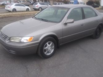 98 Toyota Camry for Sale in Fort Washington,  MD