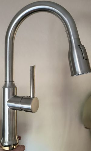 (New) Modern High Arc Brushed Stainless Steel Kitchen Faucet Solid Brass with Magnetic Locking Pulldown Sprayer and Deckplate for Sale in Phoenix, AZ