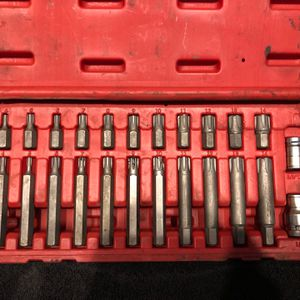 Sunex Tools 24 PIECE RIBE BIT SET for Sale in Aberdeen, WA