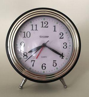 Adorable Sharp Quarts Battery Powered Alarm Clock for Sale in Mesa, AZ