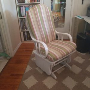 Infant Rocking Chair for Sale in St. Petersburg, FL