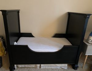 Restoration Hardware Crib/Toddler conversion Kit plus changing table for Sale in Springfield, VA