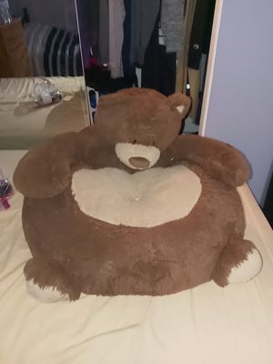 Stuffed animal bear child seat for Sale in Des Plaines, IL