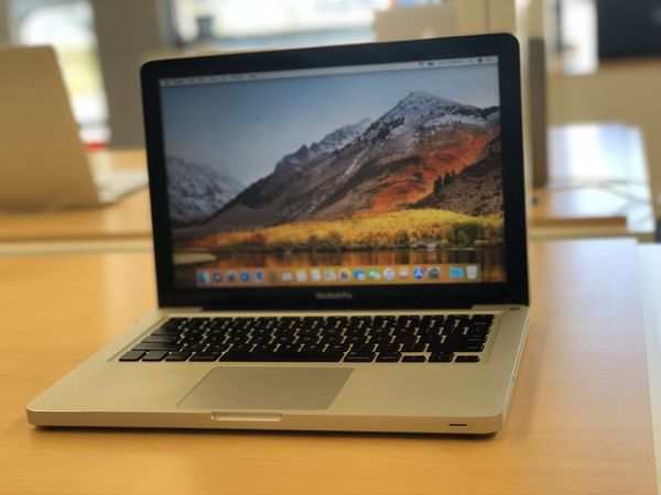 "13"" MacBook Pro mid 2010 
