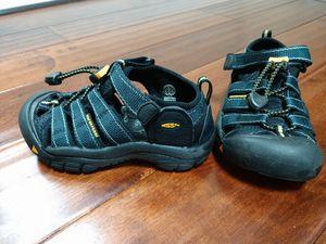 Keen Newport h2 waterproof sandals boys US sz 11 EU29 for Sale in Renton, WA