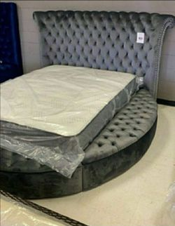 Queen size storage bed $39 down NO credit check ⭕, Grey available☘️Hln ☘️ for Sale in Houston,  TX