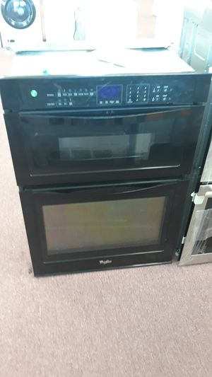 Oven/microwave for Sale in Lauderdale Lakes, FL