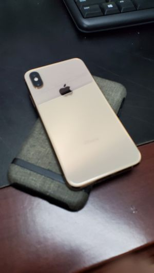 Unlocked IPHONE XS Gold for Sale in Orlando, FL
