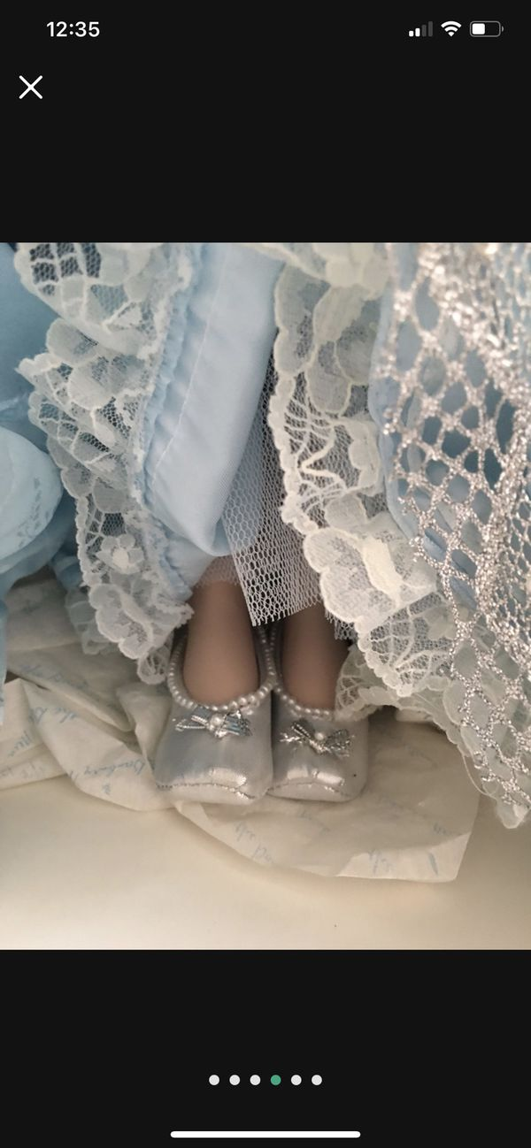 """Cinderella doll by Danbury mint 20"""""""