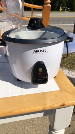 George Foreman Grill, Waffle Iron, CrockPot, Rice Cooker - $5 each for Sale in Severna Park,  MD
