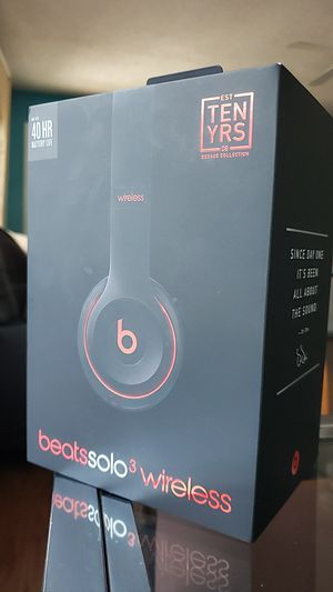 Solo beats 3 wireless comes with everything working for Sale in Dallas, TX