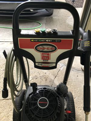 Simpson 2700psi pressure washer. for Sale in Pittsburgh, PA