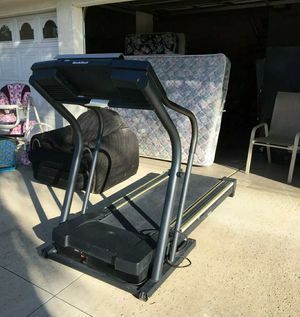 NordicTrack C1900 Treadmill nordic track exercise workout machine jogger PICK UP for Sale in Victorville, CA