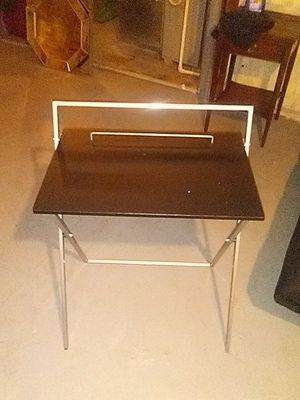 Small folding desk for Sale in Newton Falls, OH